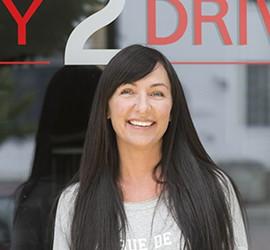 Kørelærer Sarah Sandvad iversen, Easy2Drive køreskolen i Skørping